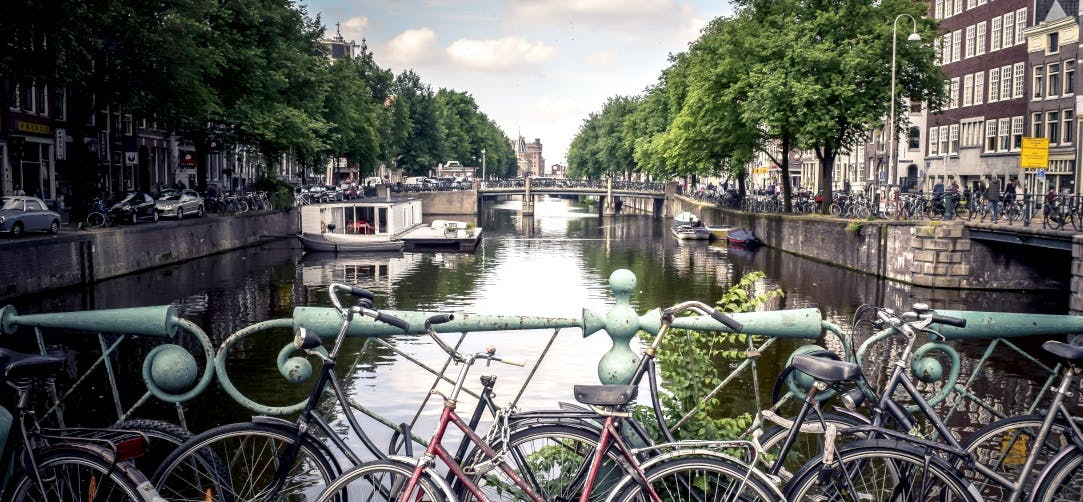 Flights To Amsterdam From 886 Return On Singapore